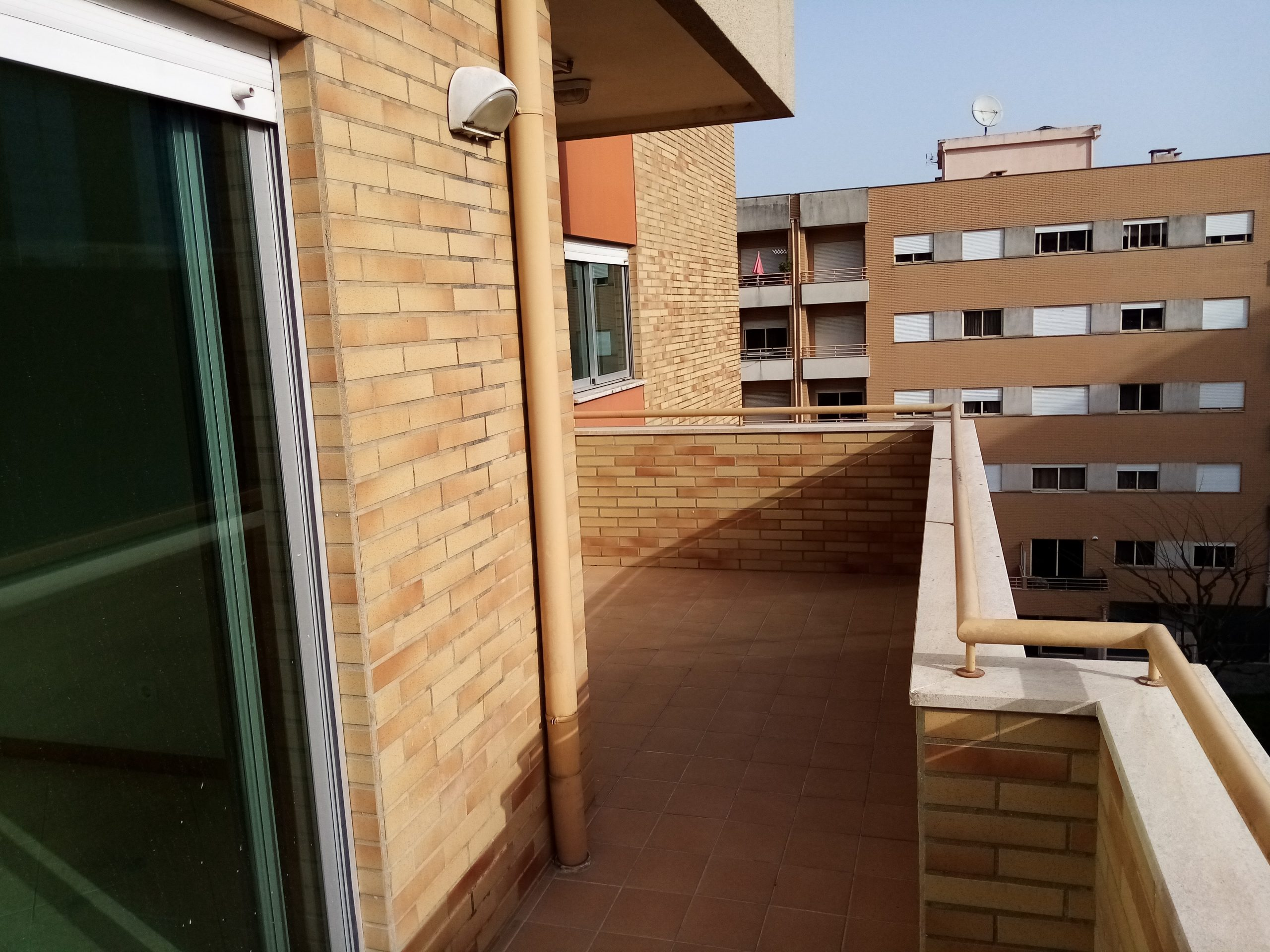 Apartamento Tipo T3 , em Lamaçães, Braga (1005AD)